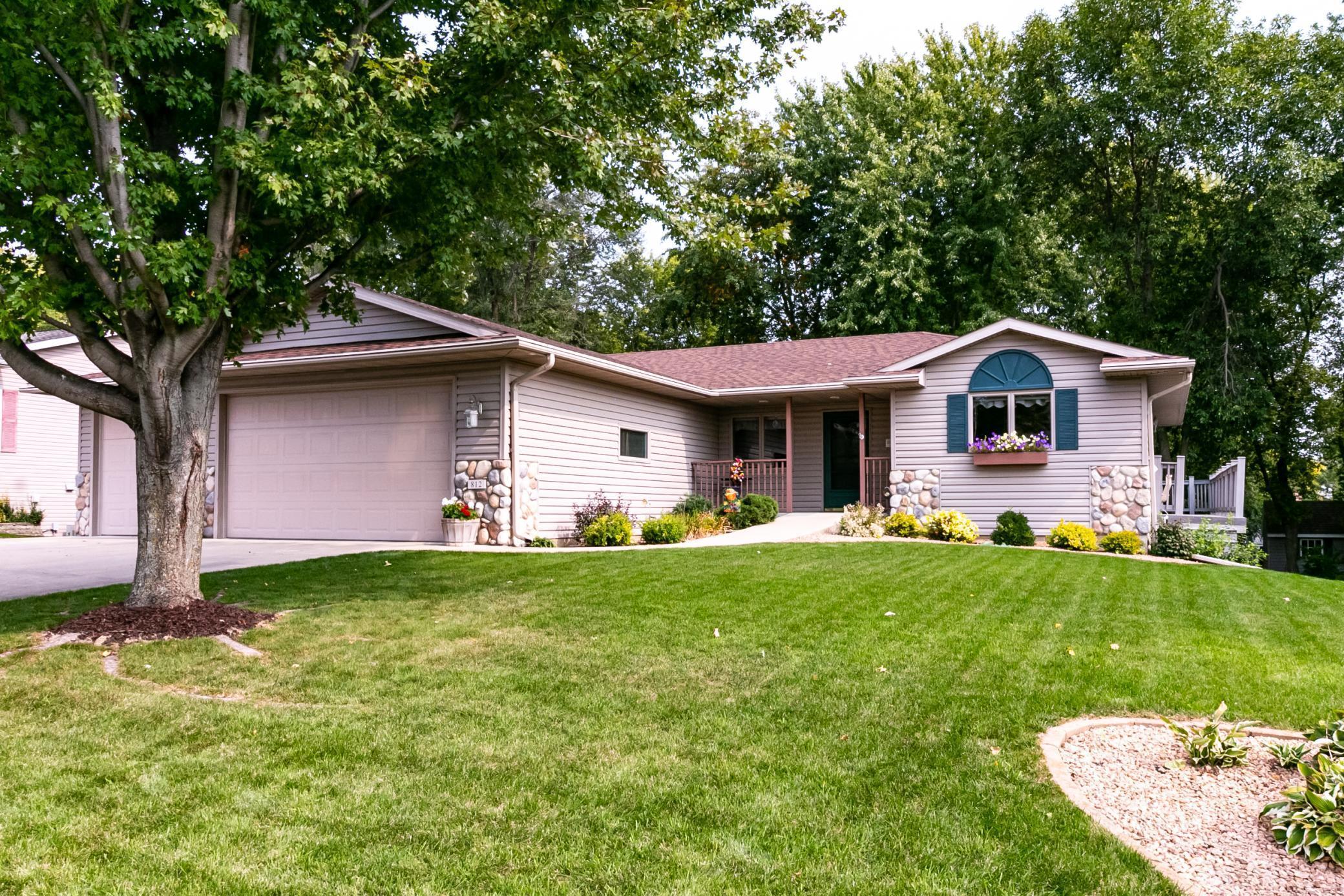 812 Chestnut Street Property Photo - Mantorville, MN real estate listing