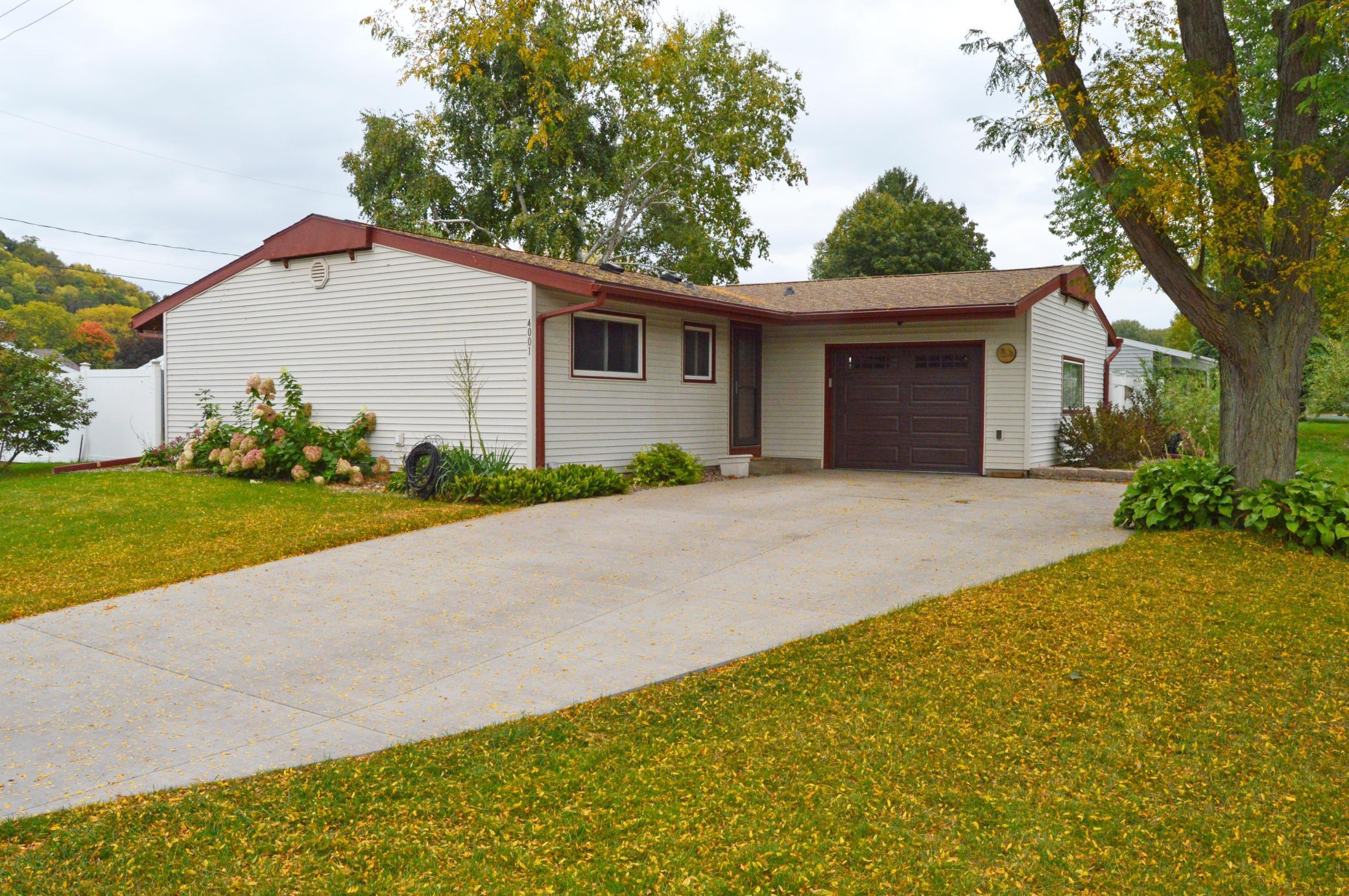 4001 Brookside Lane Property Photo - Shelby Twp, WI real estate listing