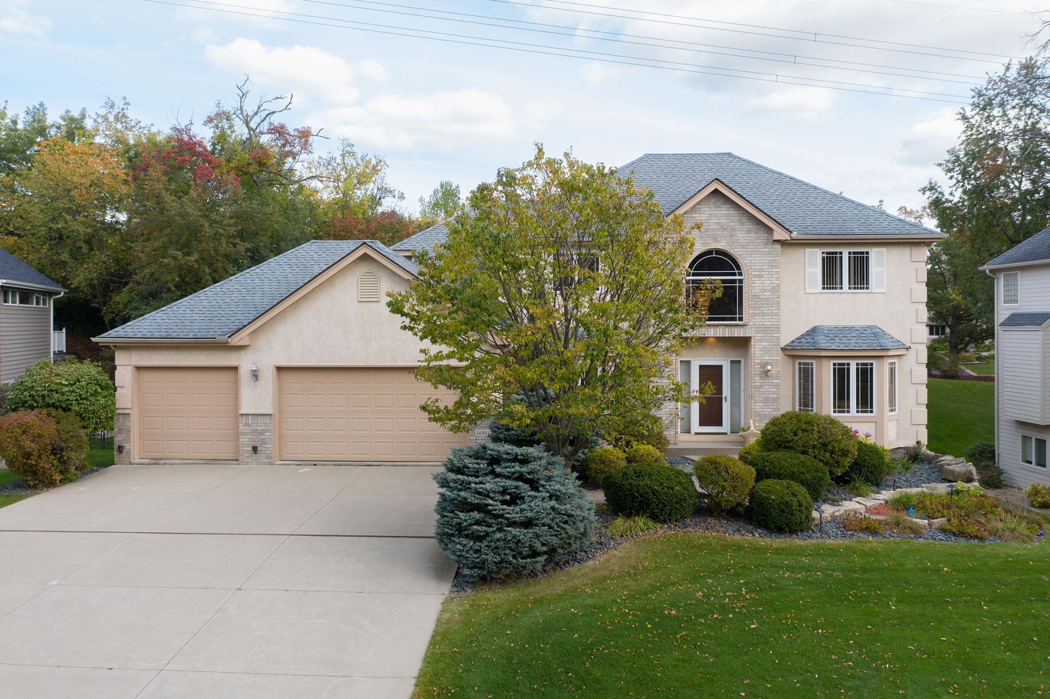 14901 Summit Oaks Drive Property Photo - Burnsville, MN real estate listing