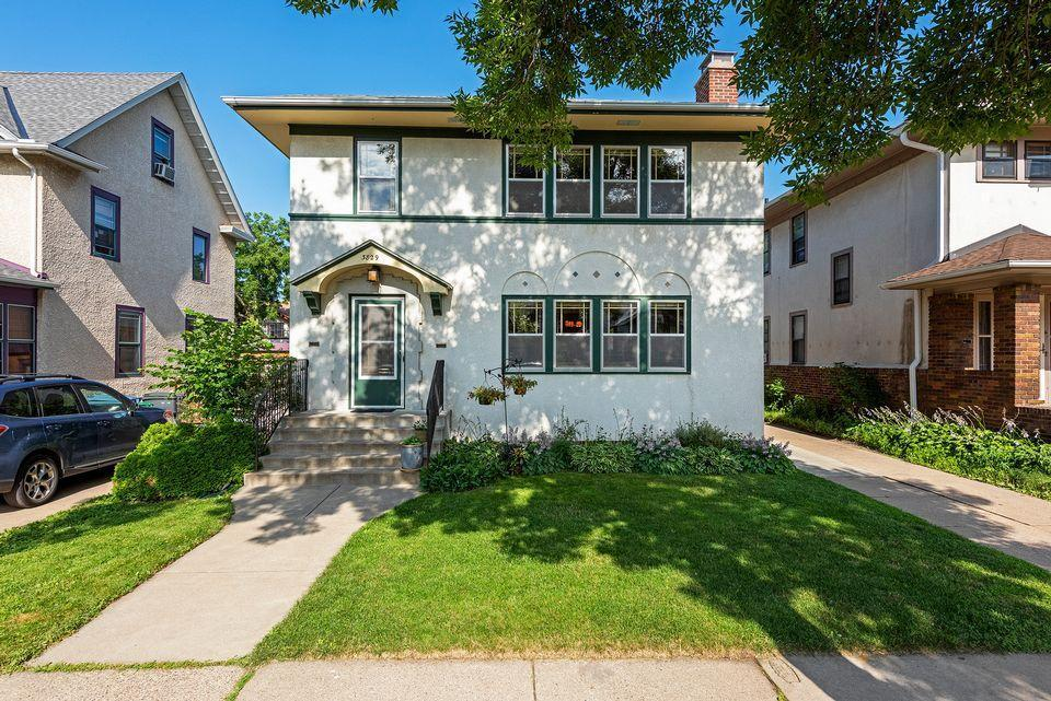 3829 Aldrich Avenue S Property Photo