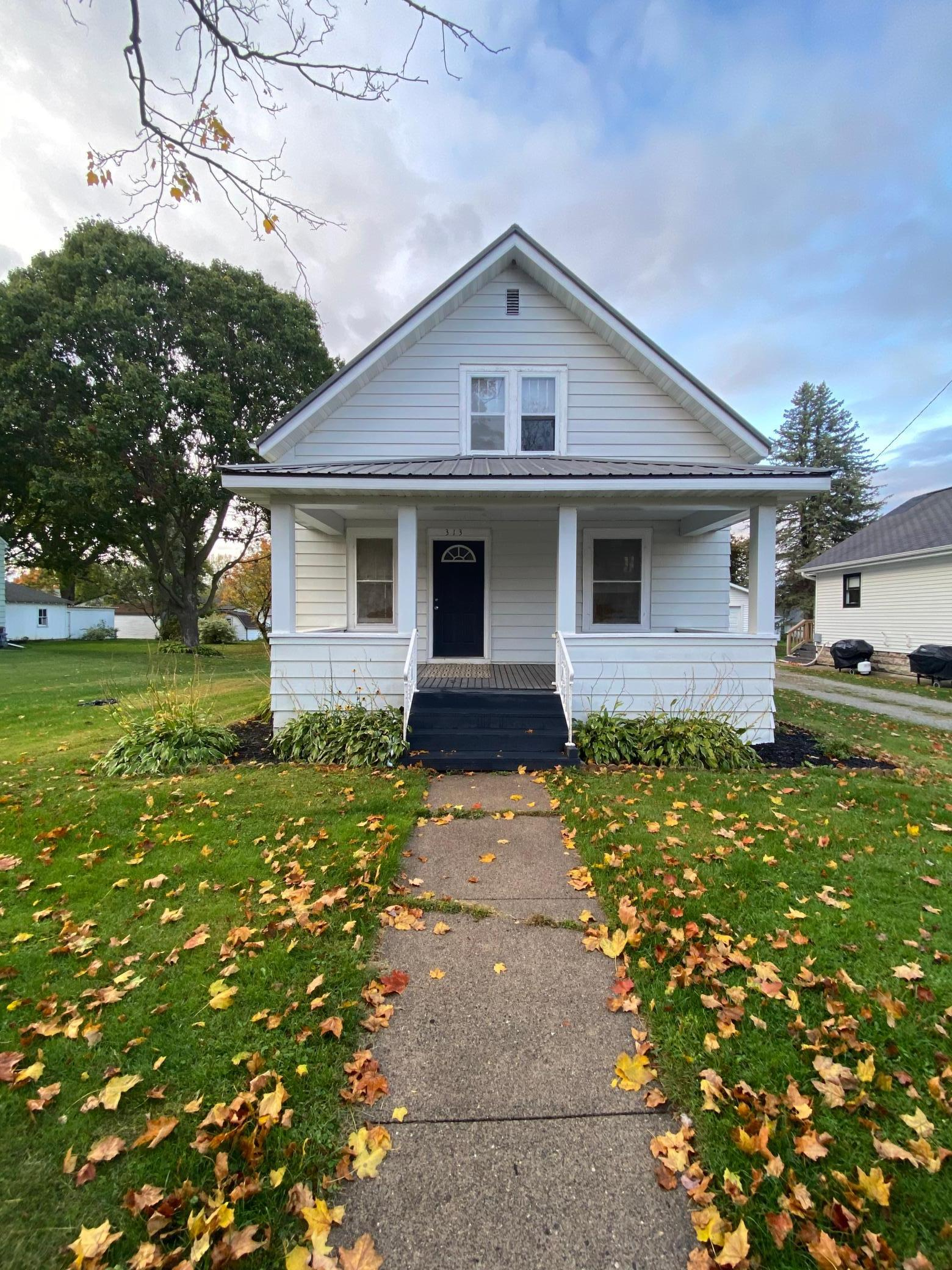 313 Minnesota Avenue W Property Photo - Mabel, MN real estate listing