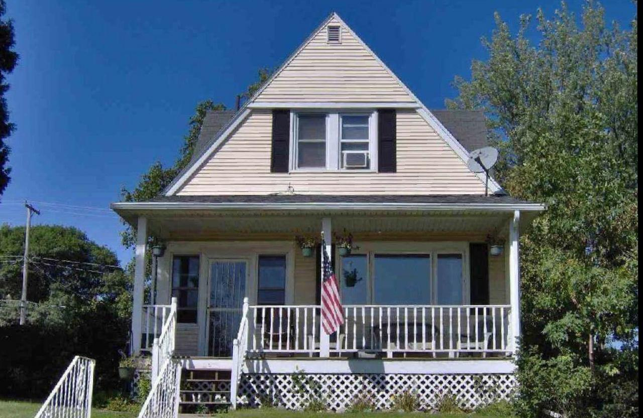 513 11th Street N Property Photo - Virginia, MN real estate listing