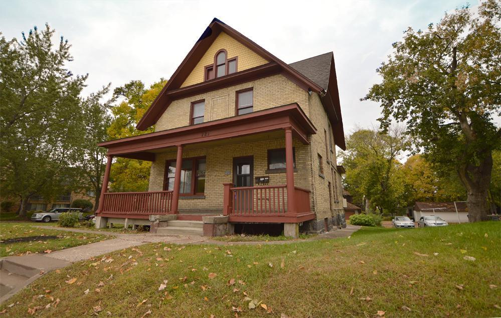 A A Browns Add Real Estate Listings Main Image
