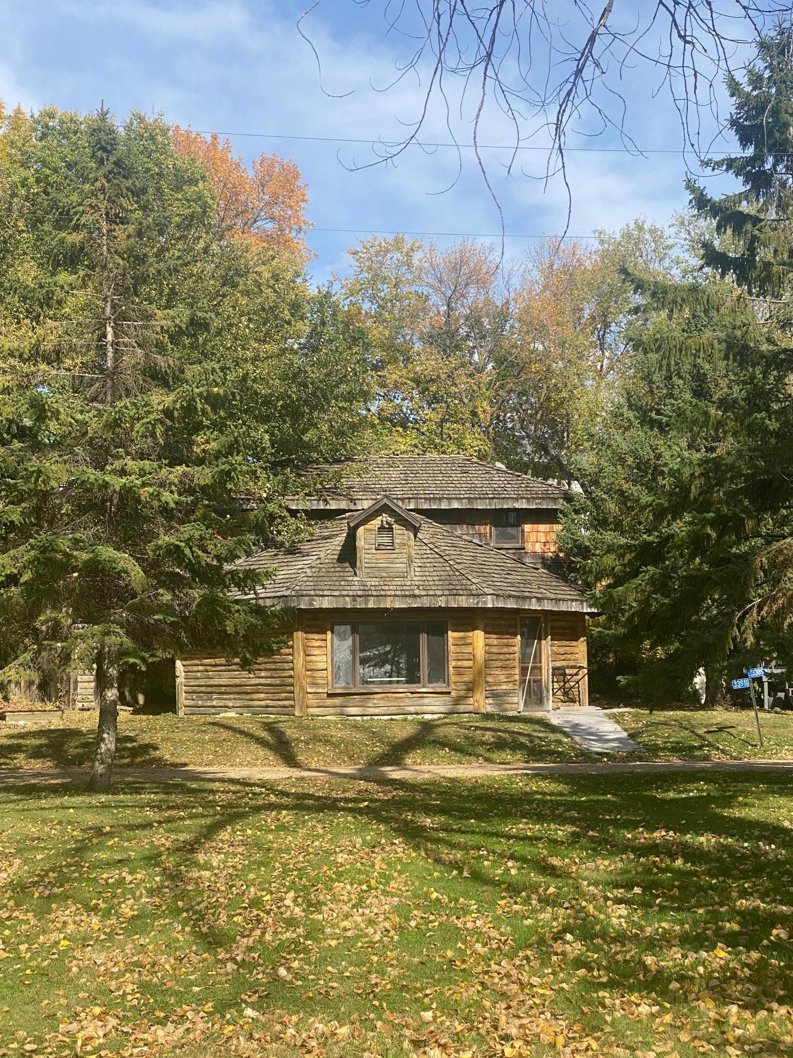 33894 Shady Oak Drive Property Photo - Clinton, MN real estate listing