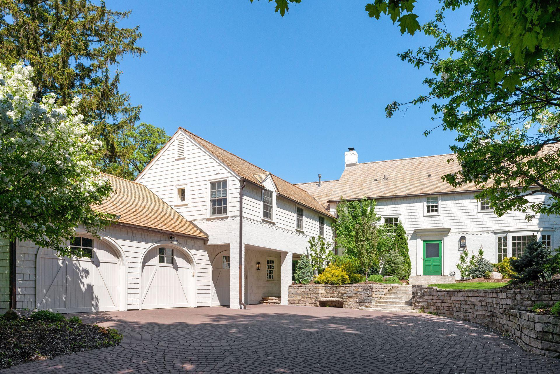 4617 Townes Circle Property Photo - Edina, MN real estate listing