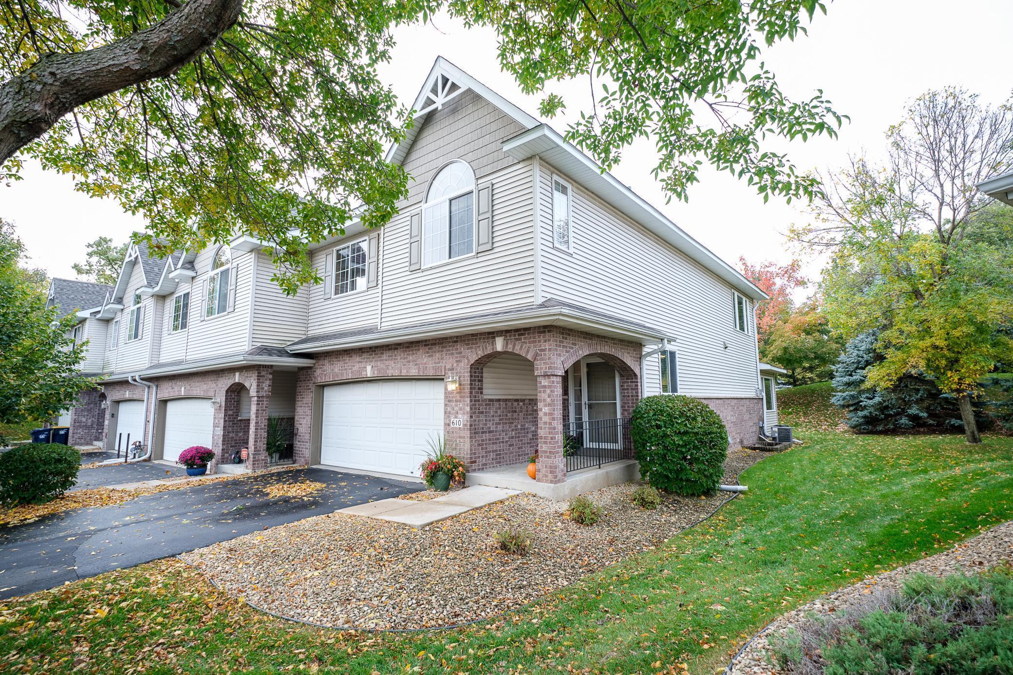 610 Crane Creek Lane Property Photo - Eagan, MN real estate listing