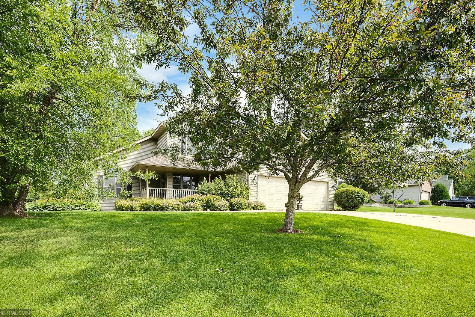 2263 Arlington Ave E Avenue E Property Photo - Maplewood, MN real estate listing