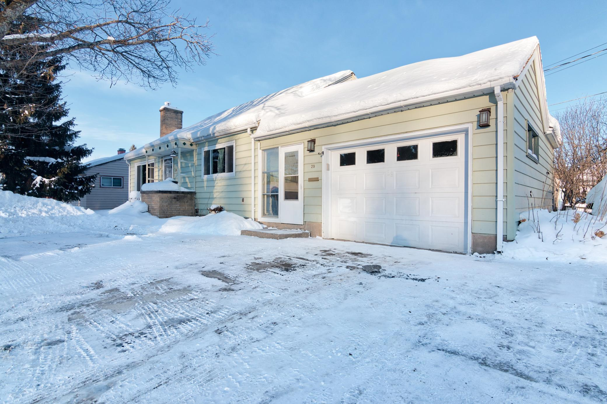29 S Erie Street Property Photo - Aurora, MN real estate listing