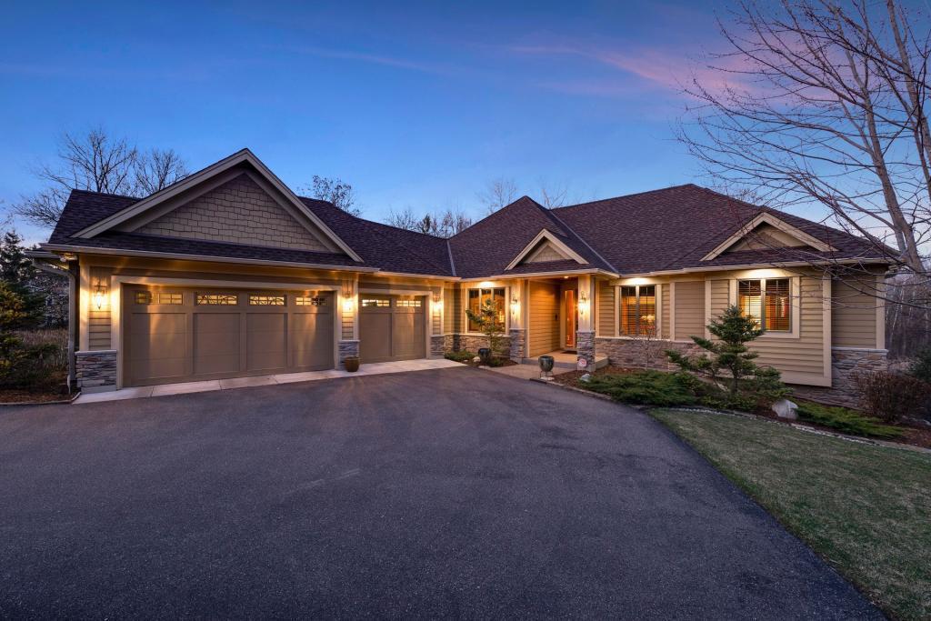 13531 Essex Place Property Photo - Minnetonka, MN real estate listing