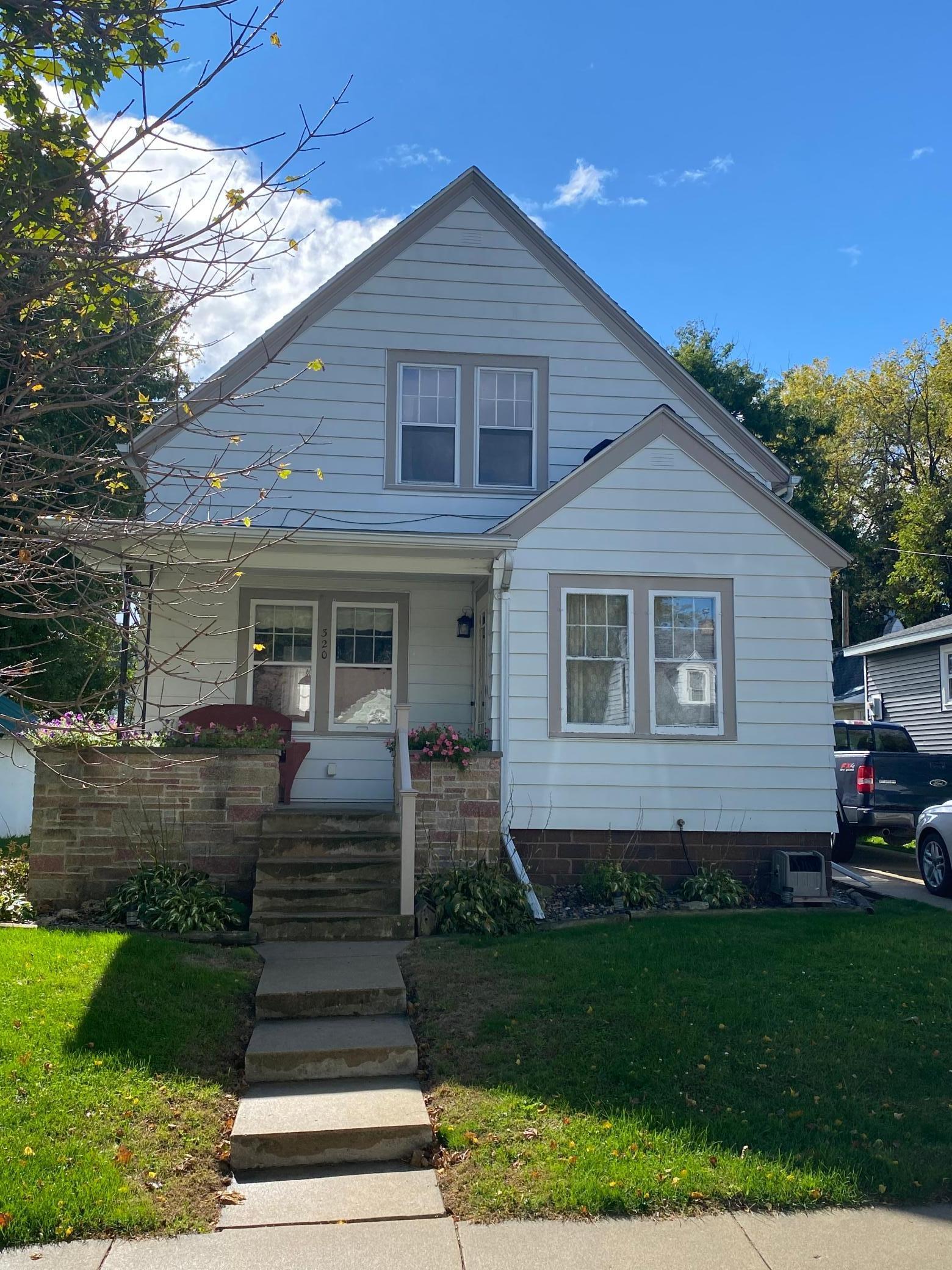 320 Minnesota Avenue W Property Photo - Mabel, MN real estate listing