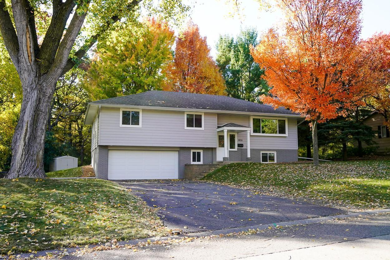 1935 Aquila Avenue N Property Photo - Golden Valley, MN real estate listing