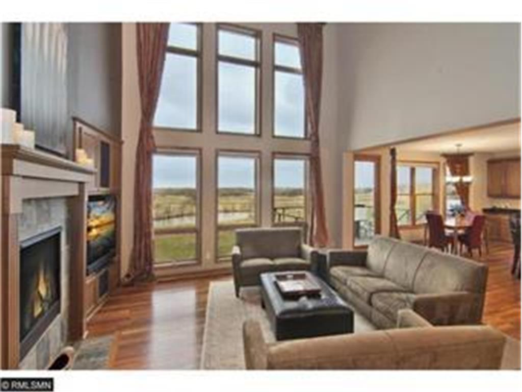 1695 Carriage Drive Property Photo - Victoria, MN real estate listing
