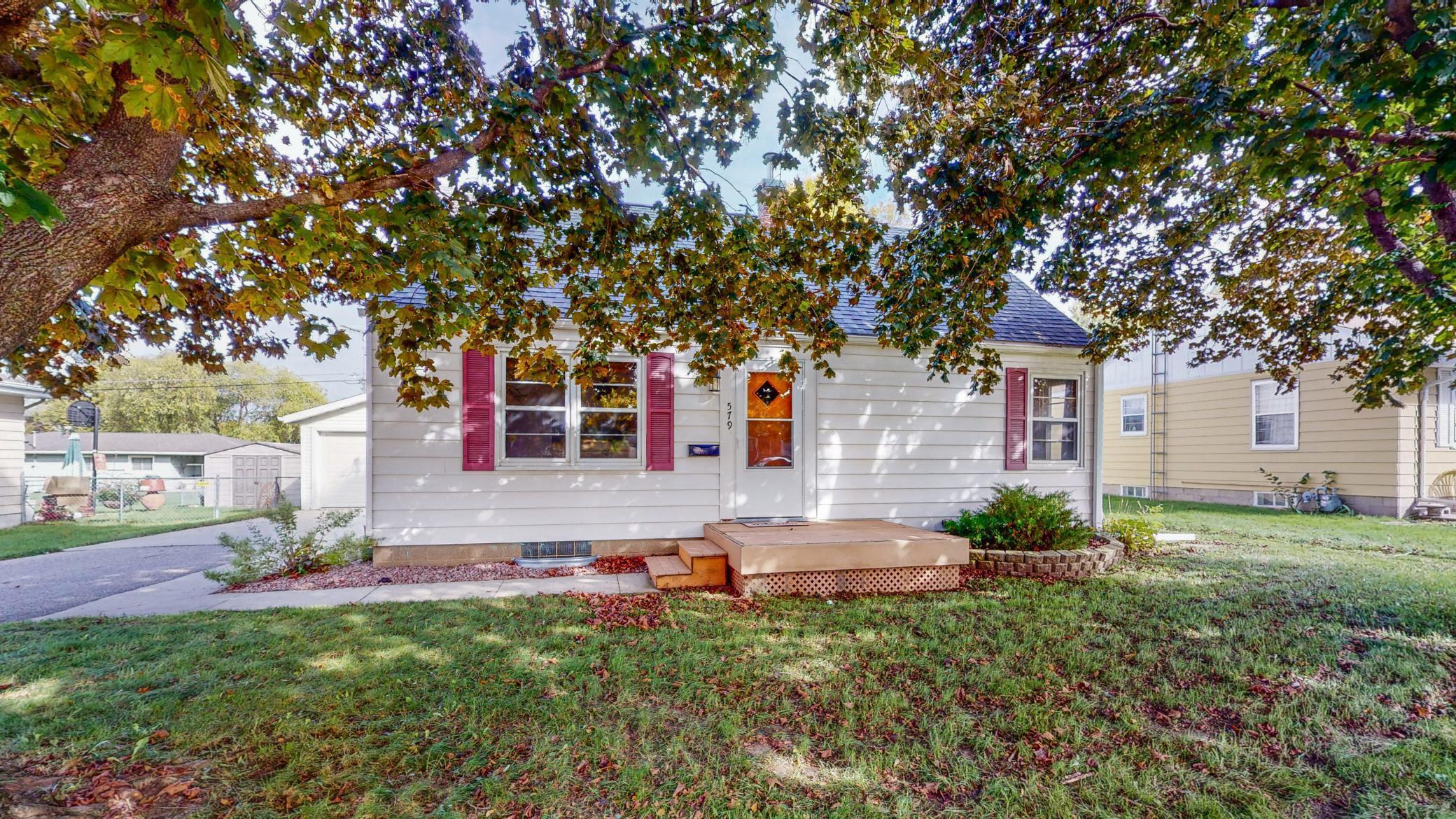 579 E 13th Street Property Photo - Saint Charles, MN real estate listing