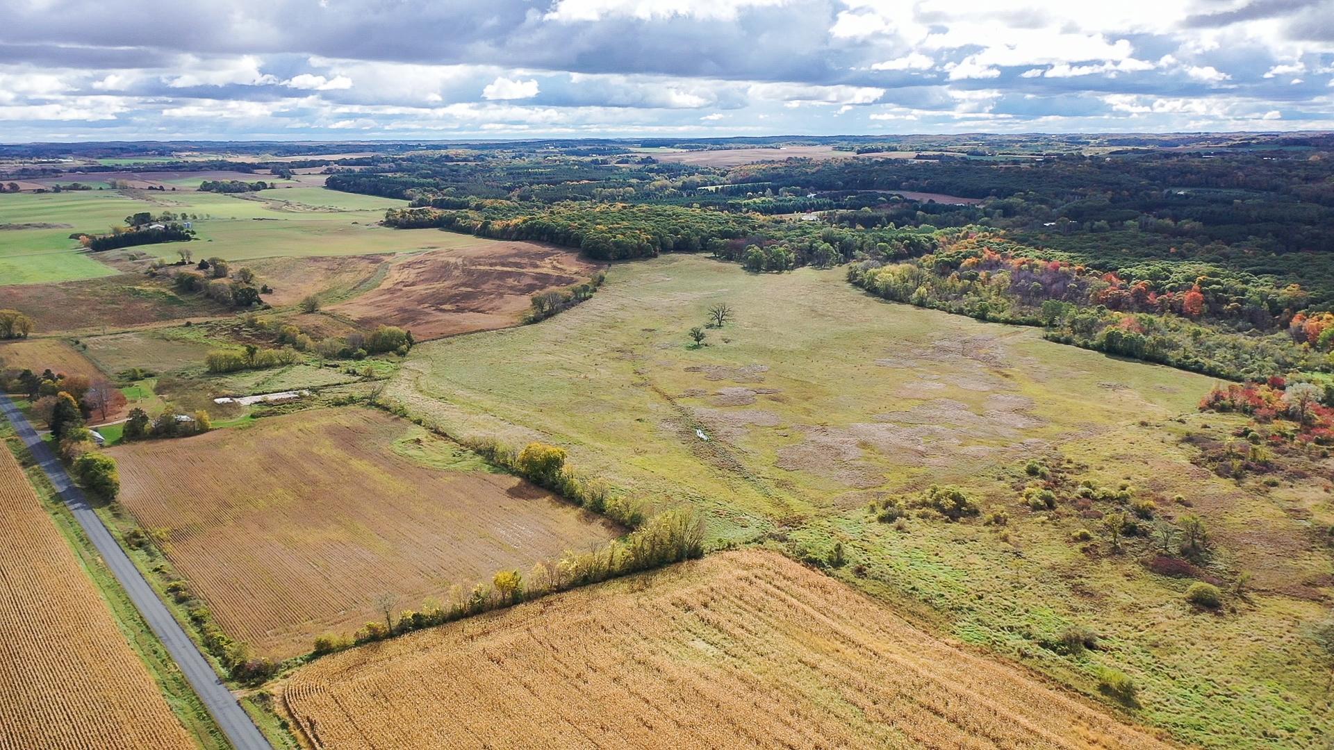 xxx 50 acres Oak Drive Property Photo - Kinnickinnic Twp, WI real estate listing