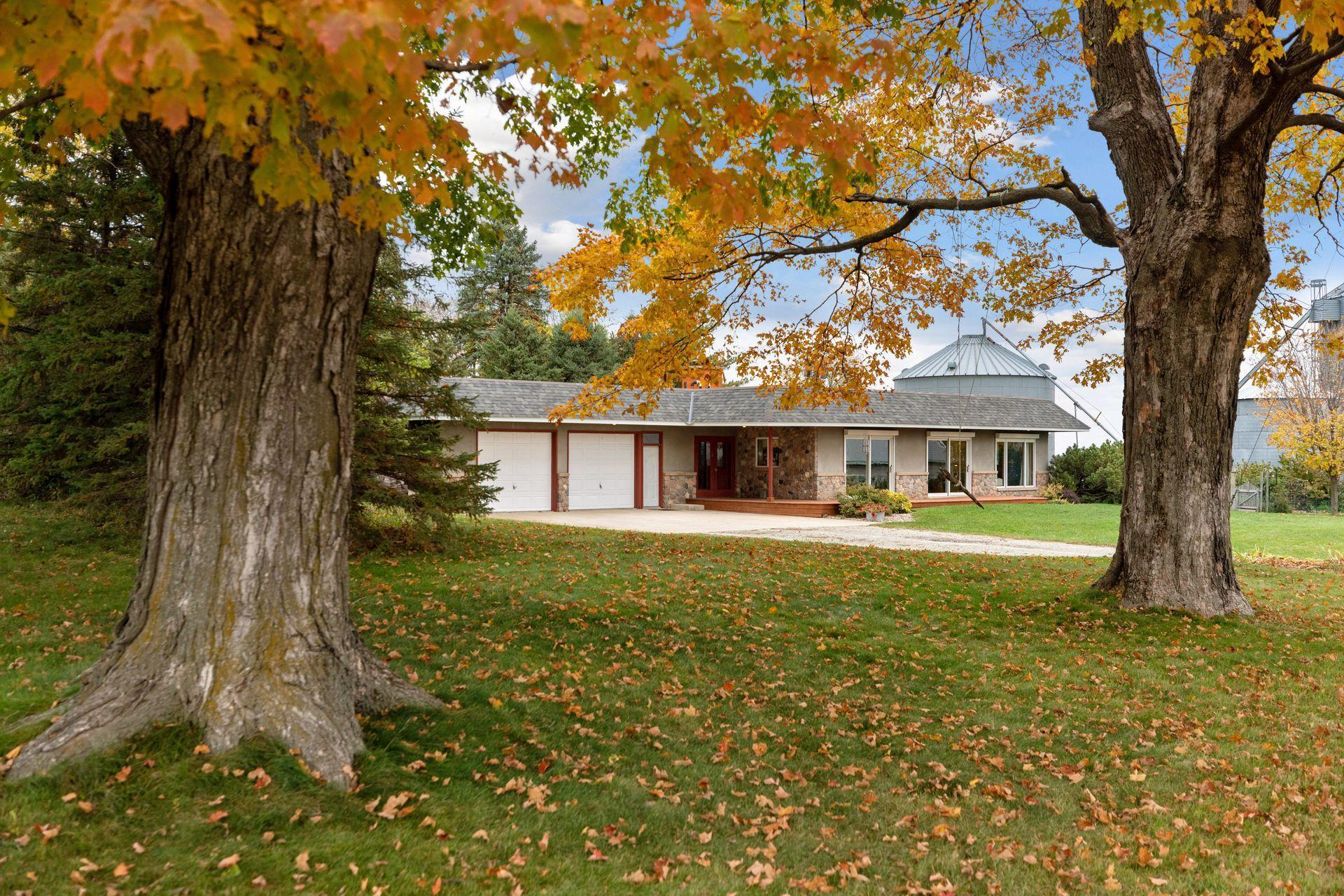 26189 Garfield Avenue Property Photo - Morristown, MN real estate listing