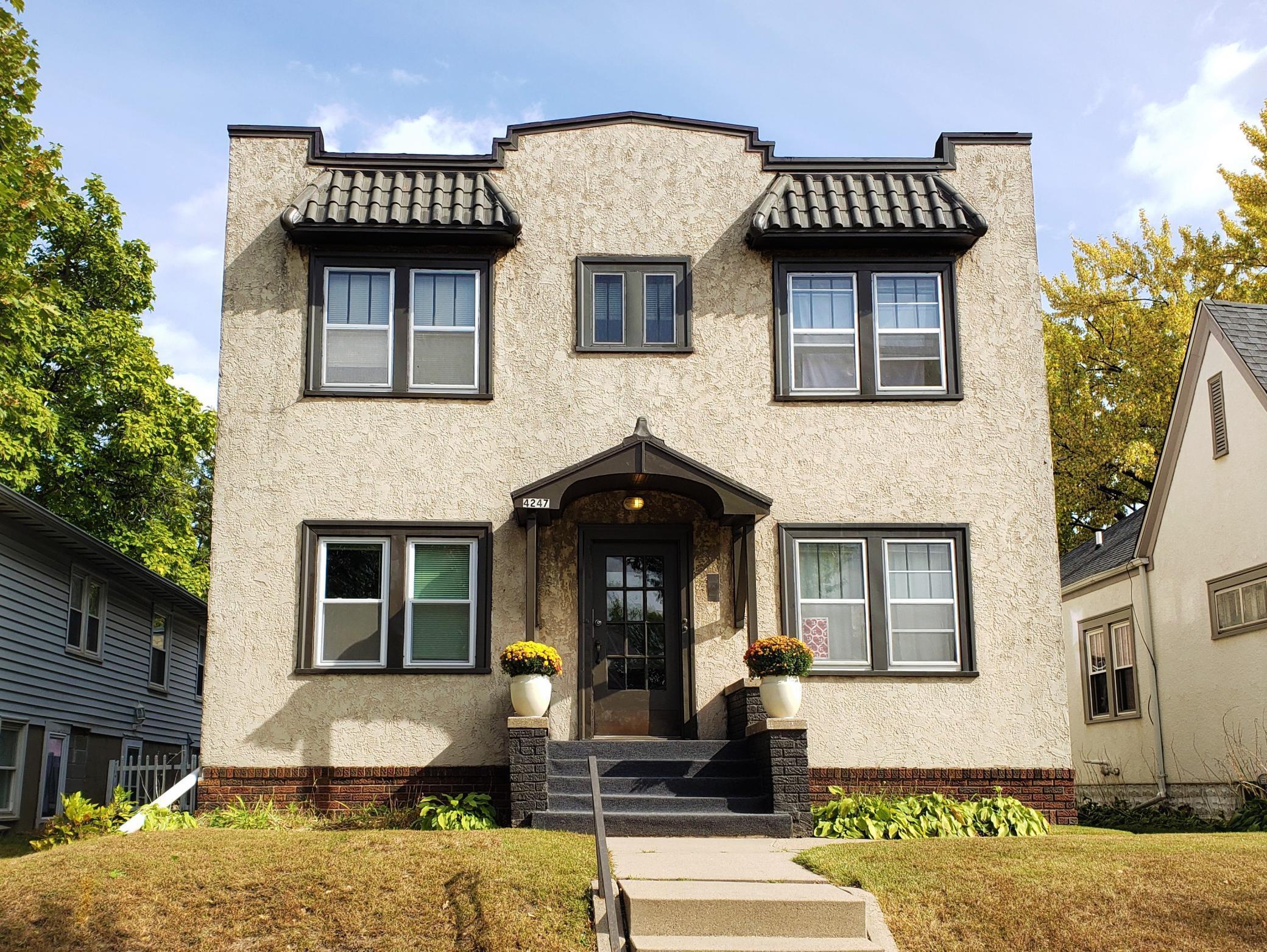 4247 Cedar Avenue S Property Photo