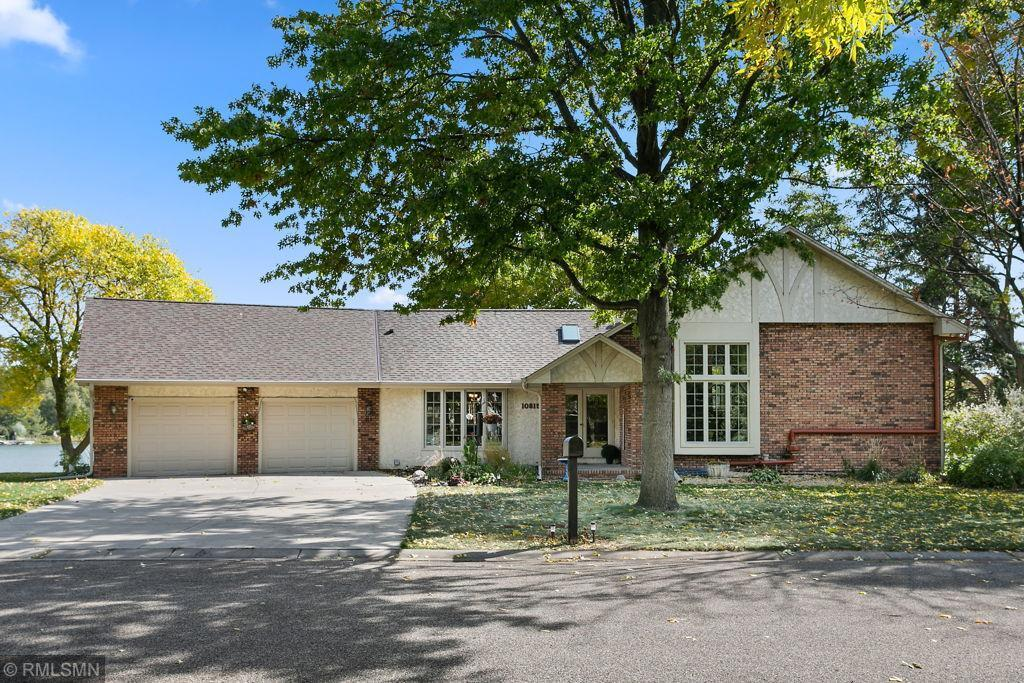 10815 41st Avenue N Property Photo - Plymouth, MN real estate listing