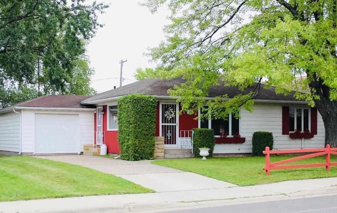 2412 11th Avenue E Property Photo - Hibbing, MN real estate listing