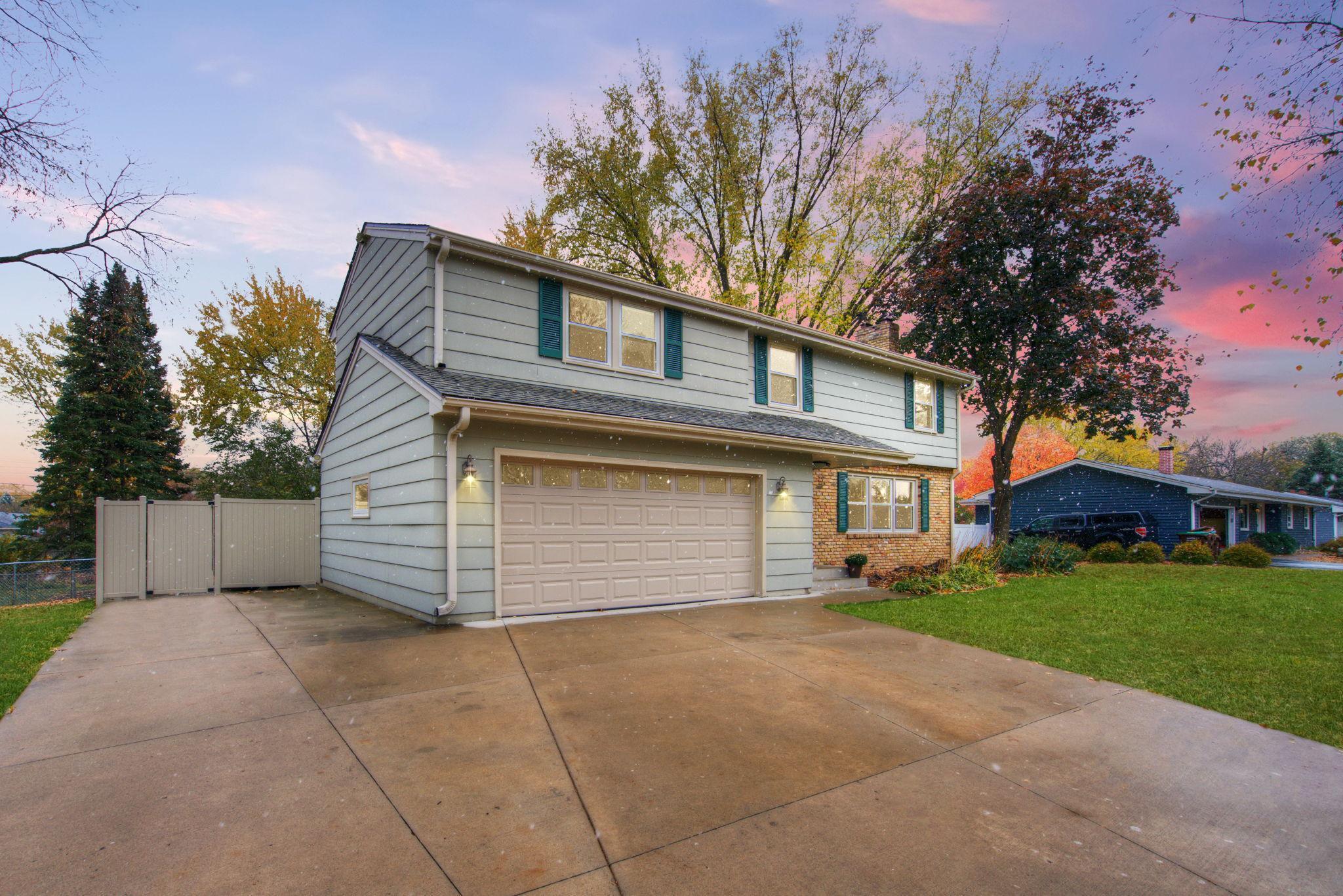 3701 Canterbury Drive Property Photo - Bloomington, MN real estate listing