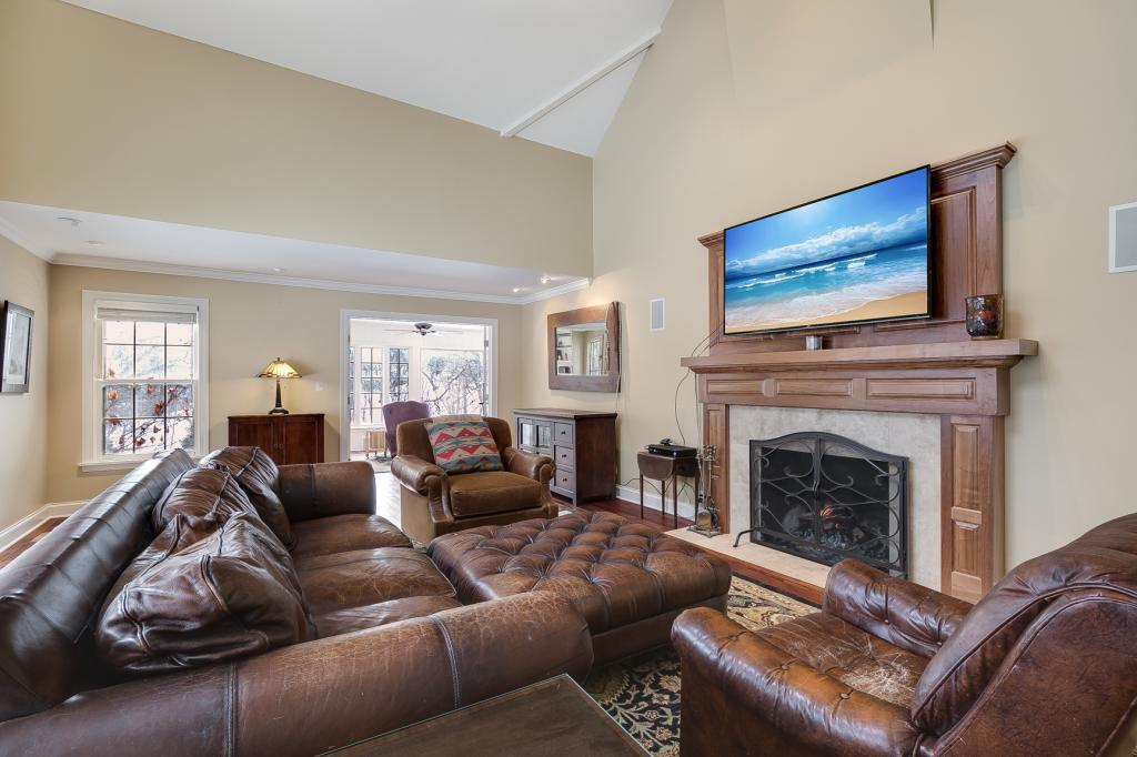 45 Forestdale Road Property Photo - Minneapolis, MN real estate listing