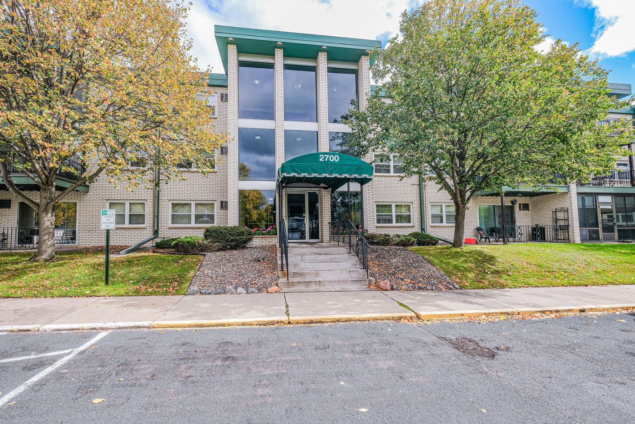 2700 Dale Street N #A301 Property Photo - Roseville, MN real estate listing
