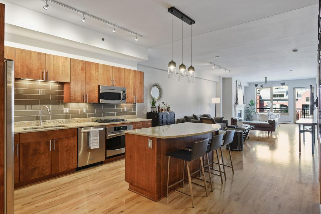 401 2nd Avenue N #408 Property Photo - Minneapolis, MN real estate listing