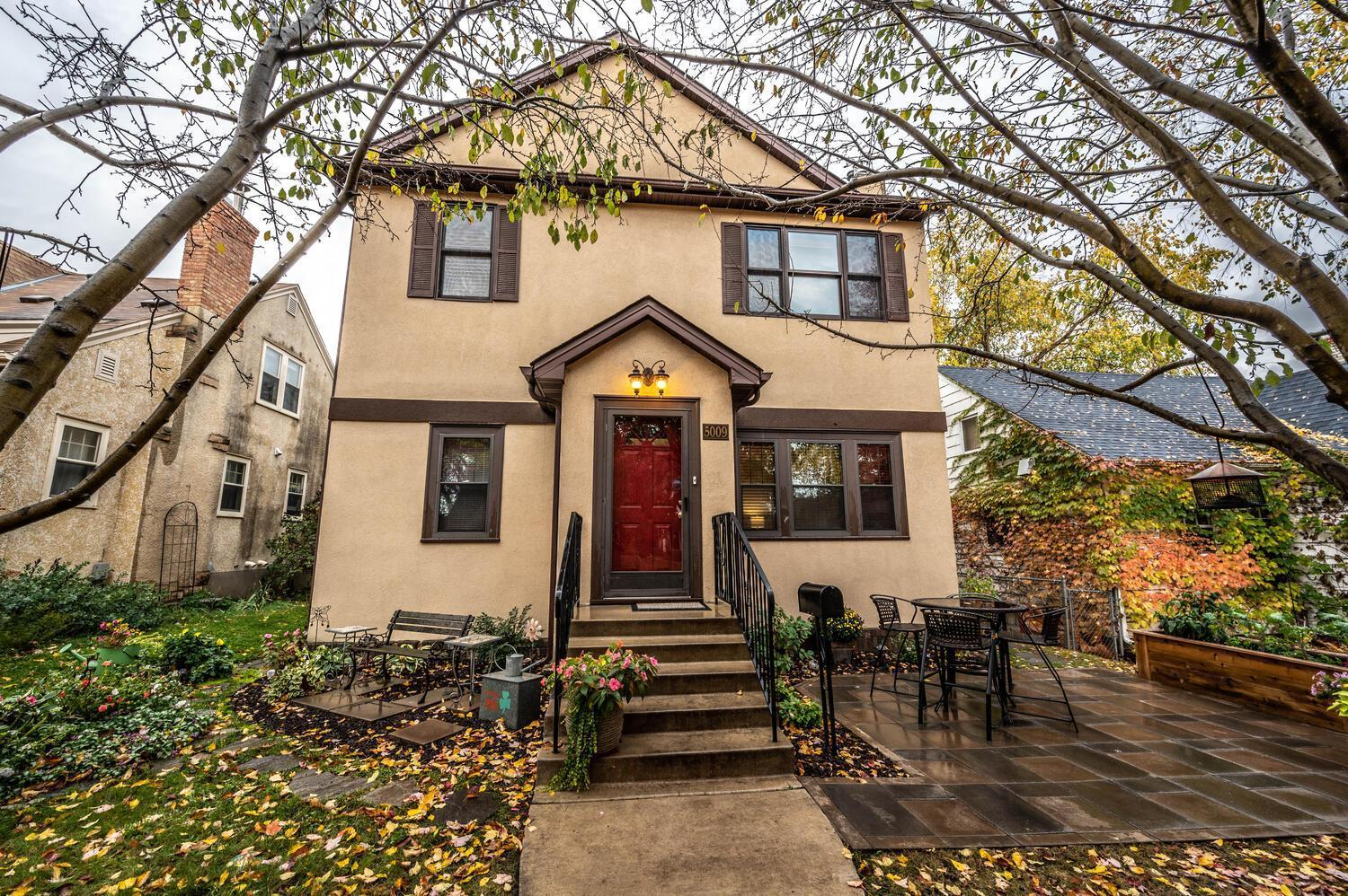 5009 16th Avenue S Property Photo - Minneapolis, MN real estate listing