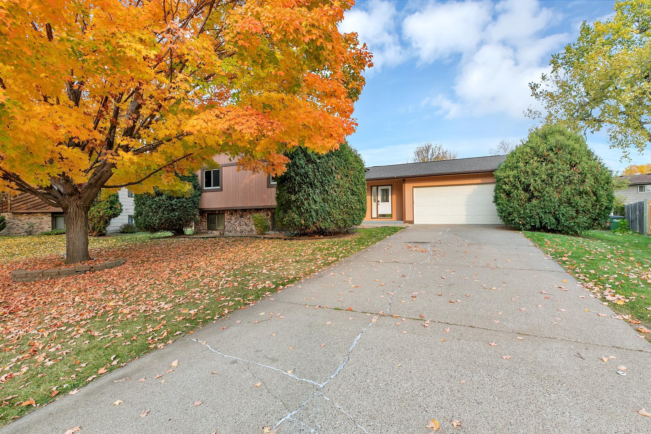 8047 Dupont Court N Property Photo - Brooklyn Park, MN real estate listing