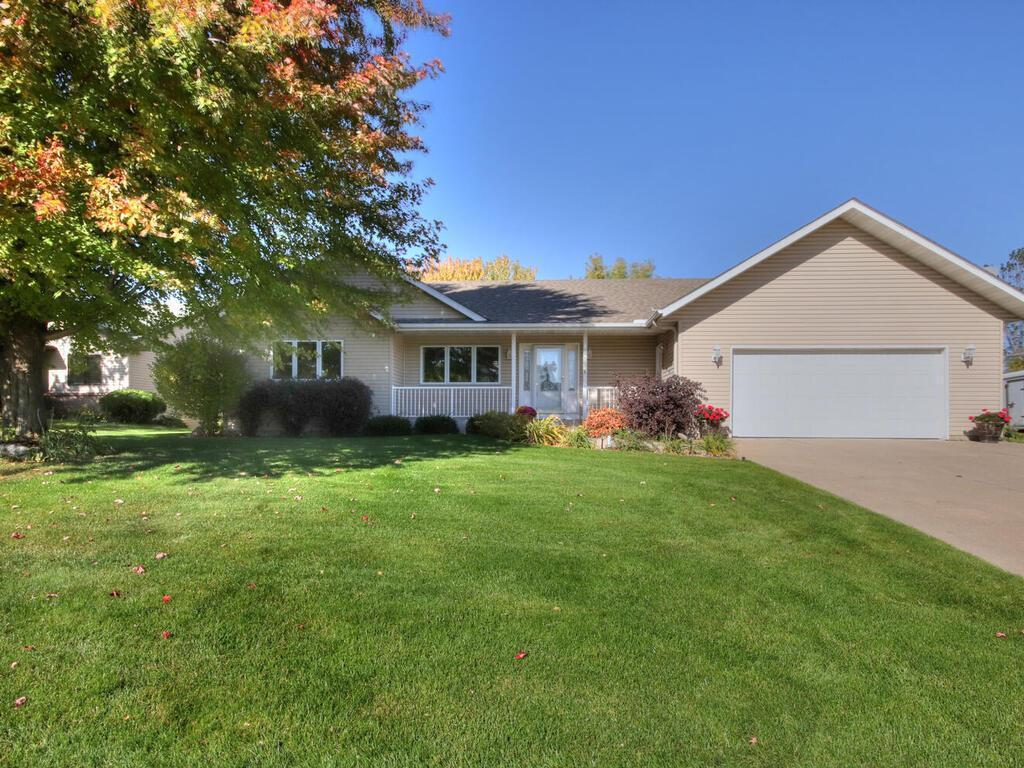 1024 Deer Ridge Court NW Property Photo - Lonsdale, MN real estate listing