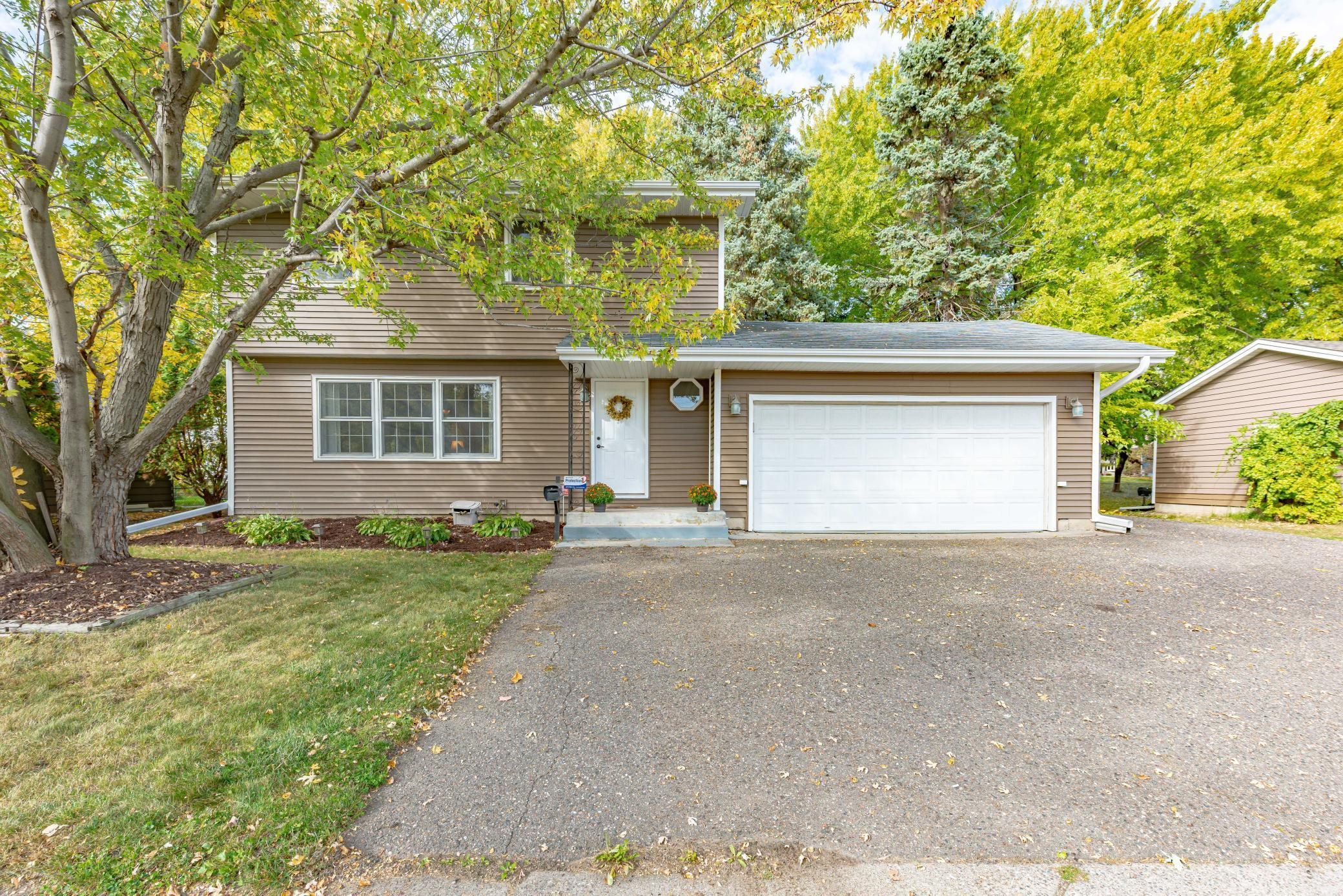 4909 Winnetka Avenue N Property Photo - New Hope, MN real estate listing