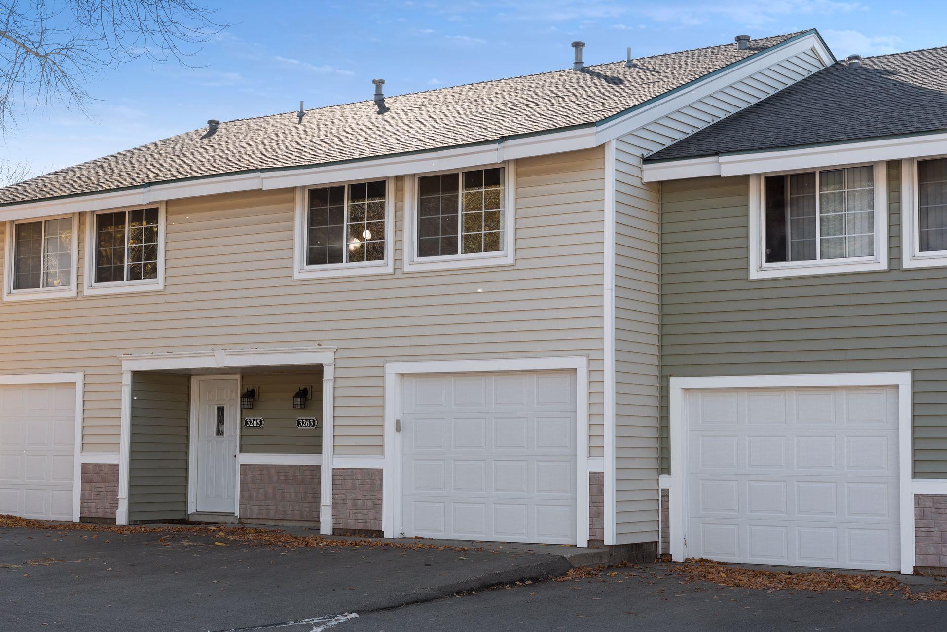 3263 Valley Ridge Drive #8 Property Photo - Eagan, MN real estate listing