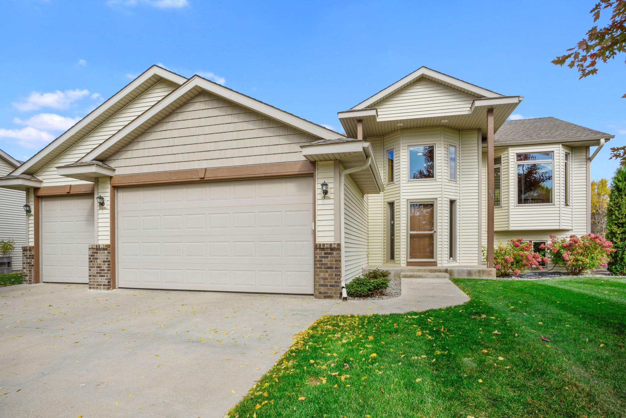 513 2nd street S Property Photo - Montrose, MN real estate listing