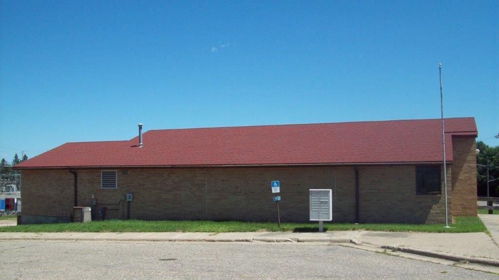 304 Main Street E Property Photo