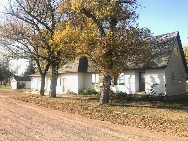 102 W Exchange Street Property Photo - Okabena, MN real estate listing