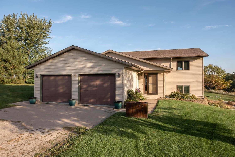 42060 Duane Drive Property Photo