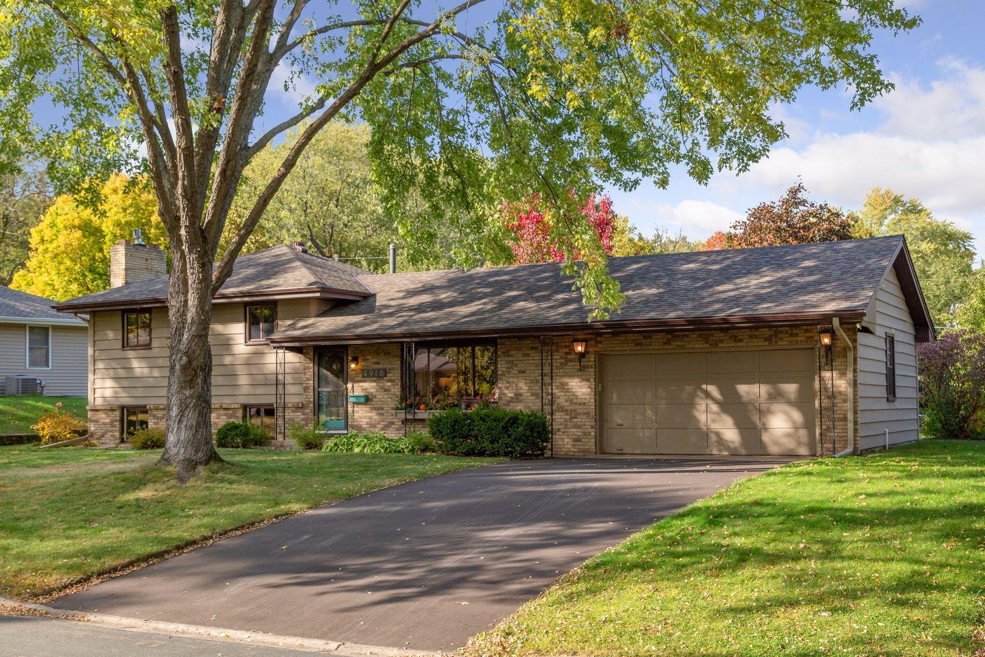 4916 W 86th Street Property Photo - Bloomington, MN real estate listing
