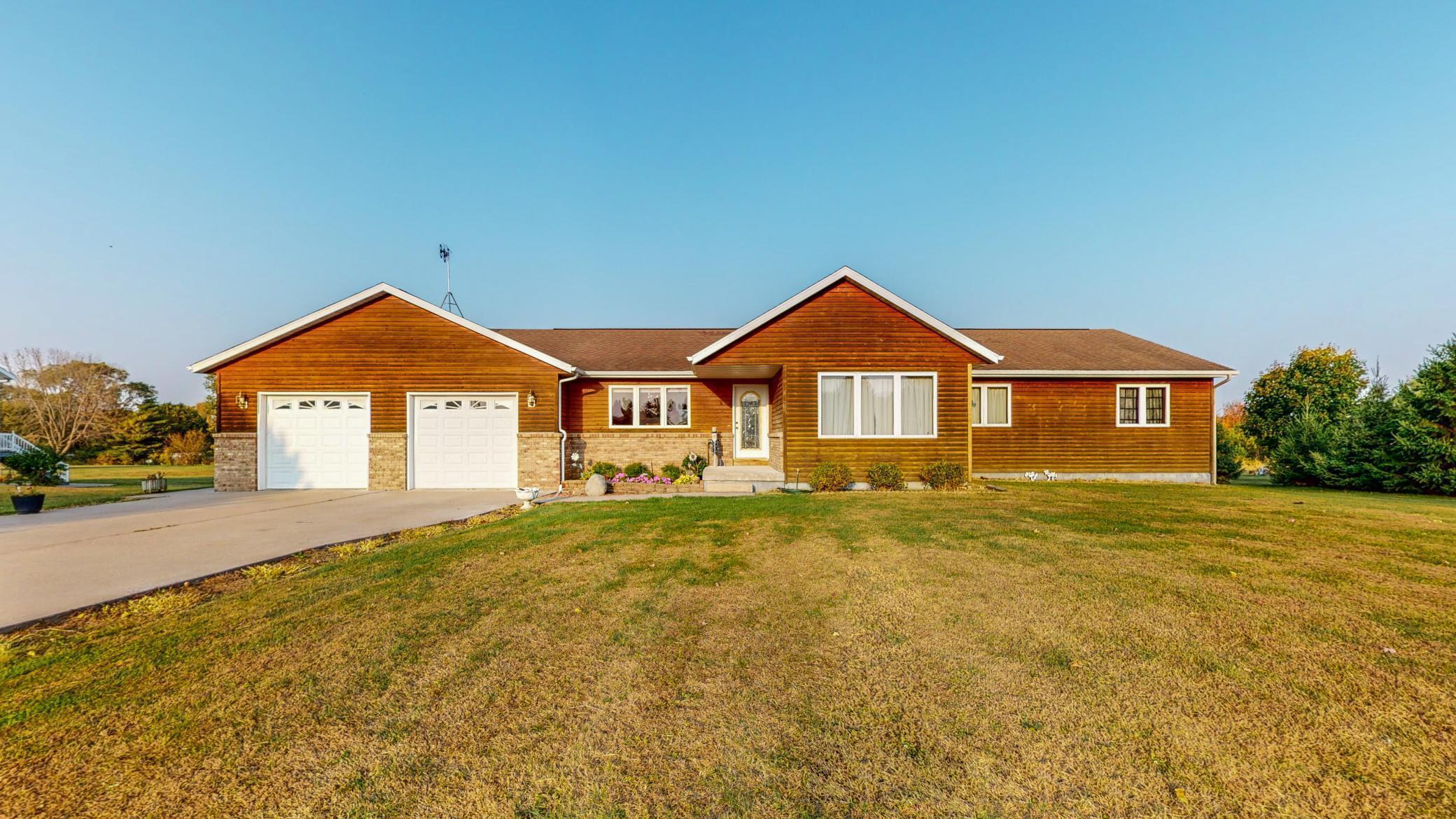 31744 Lakeview Drive Property Photo - Lake City, MN real estate listing