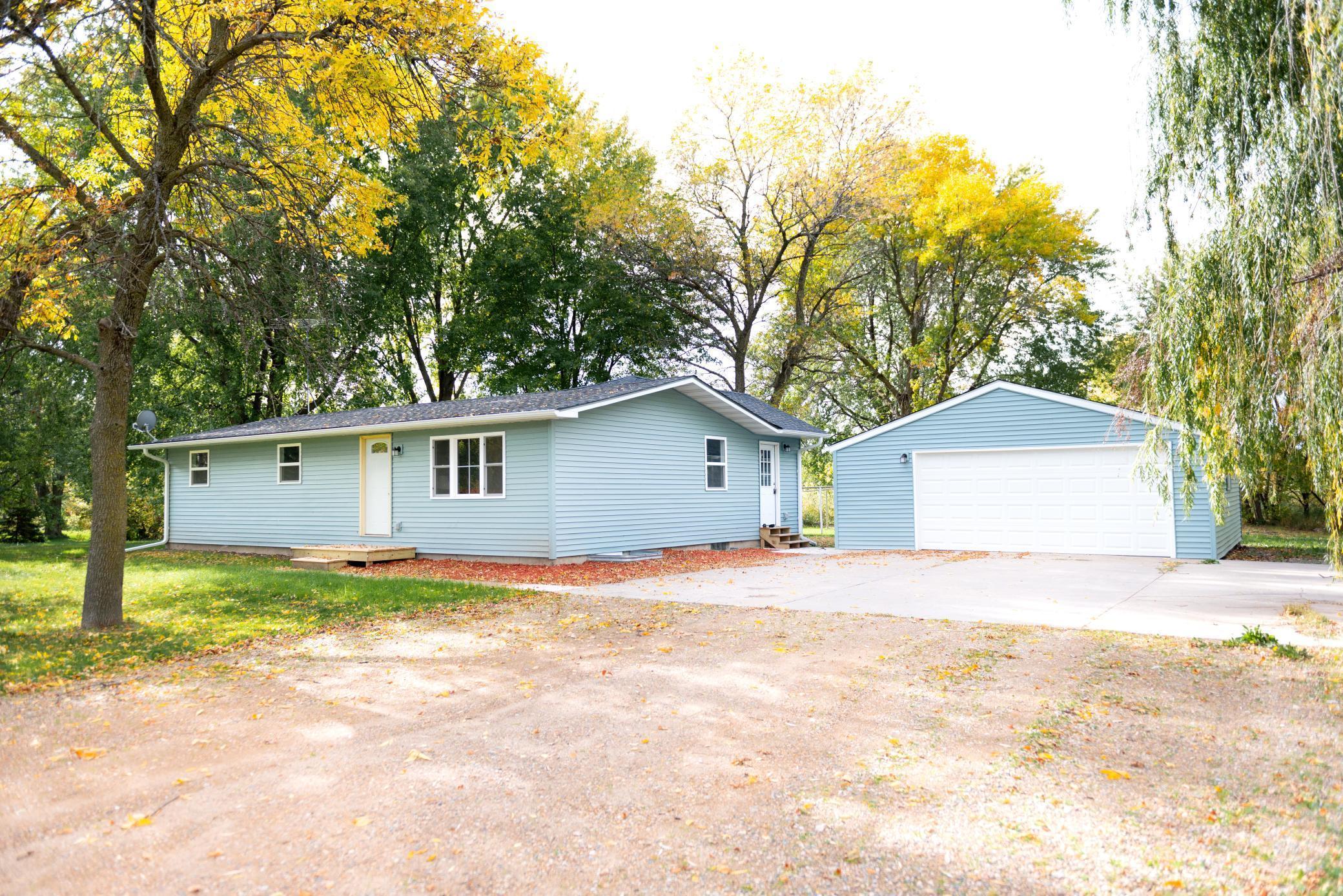 10625 Cameo Circle Property Photo - Glencoe, MN real estate listing
