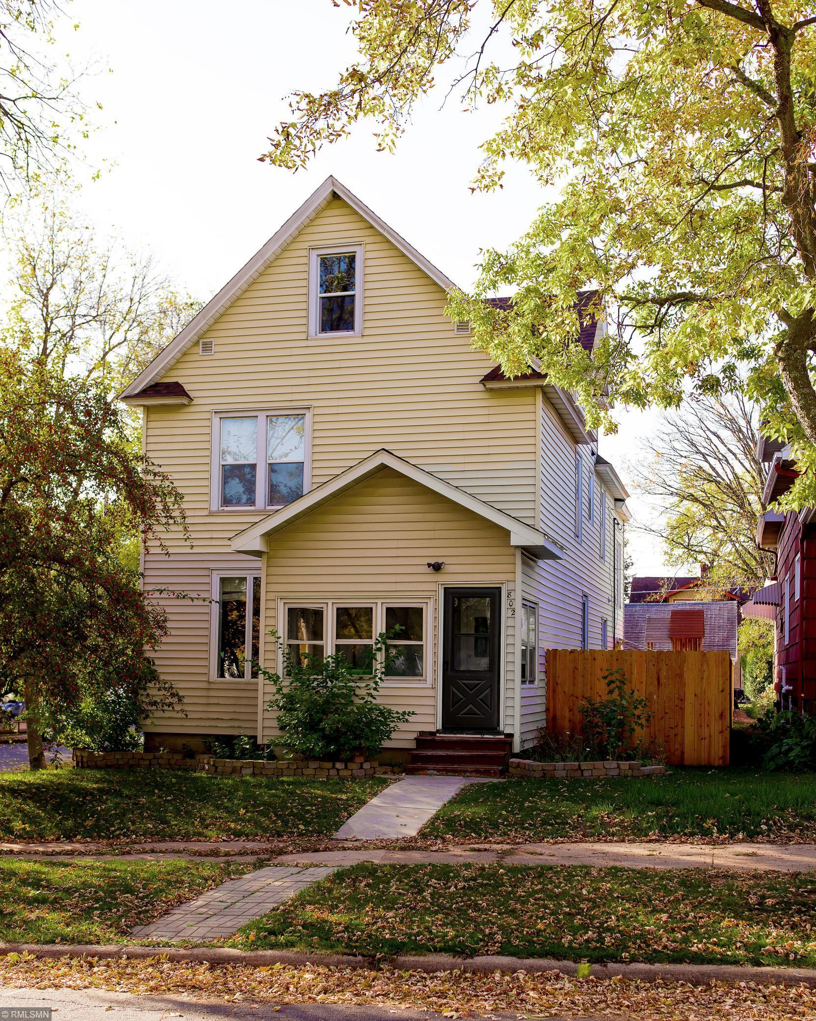 802 11th Street N Property Photo - Virginia, MN real estate listing
