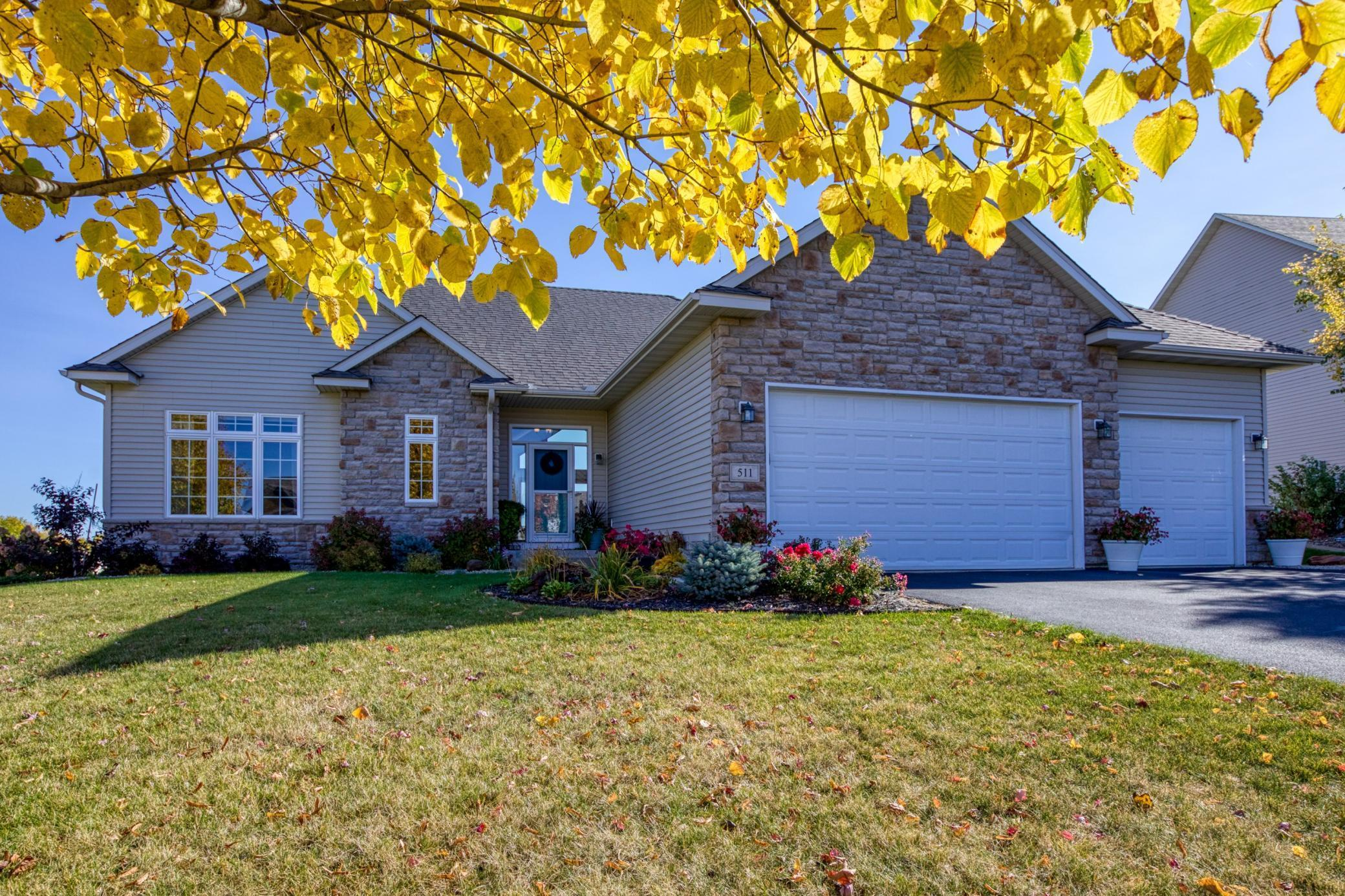 511 Saxon Drive Property Photo - Elko New Market, MN real estate listing