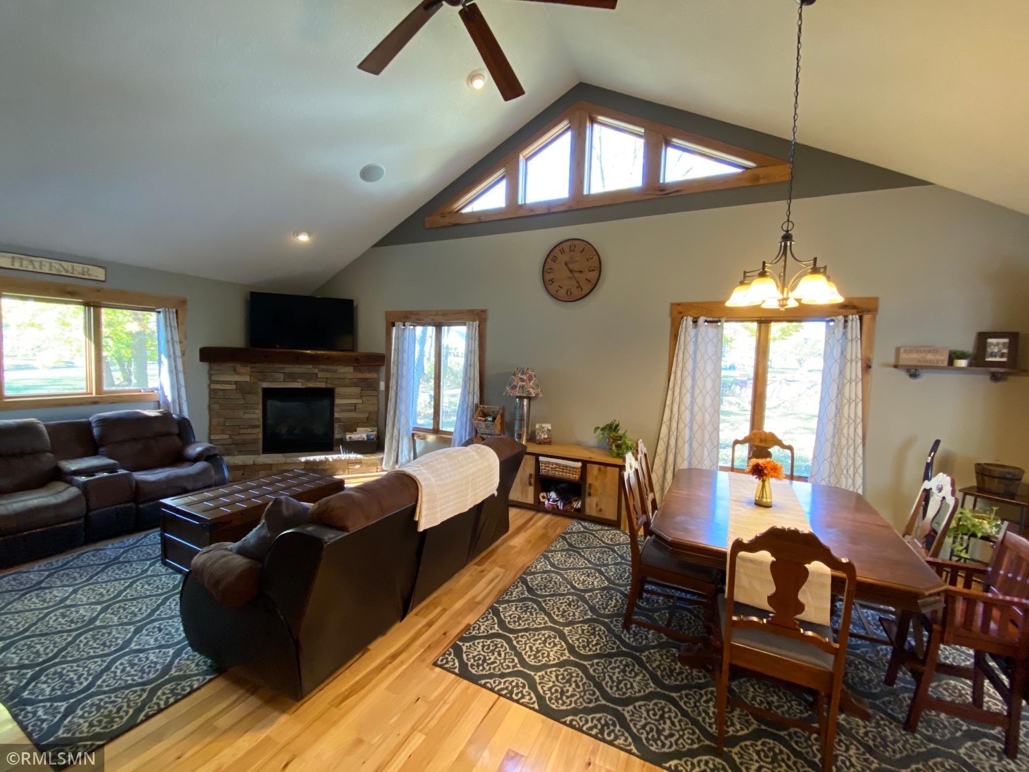 242 S Montana Avenue Property Photo