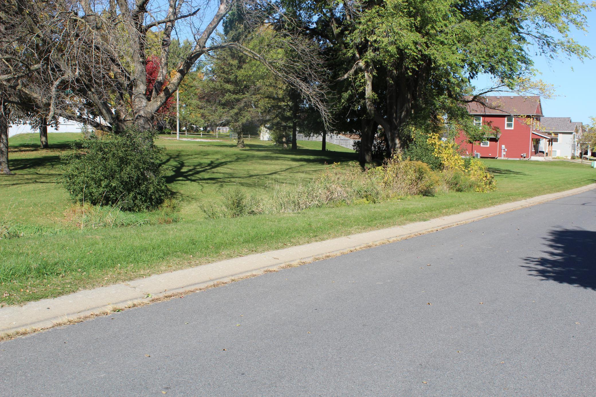 710 E Broadway Property Photo - Plainview, MN real estate listing