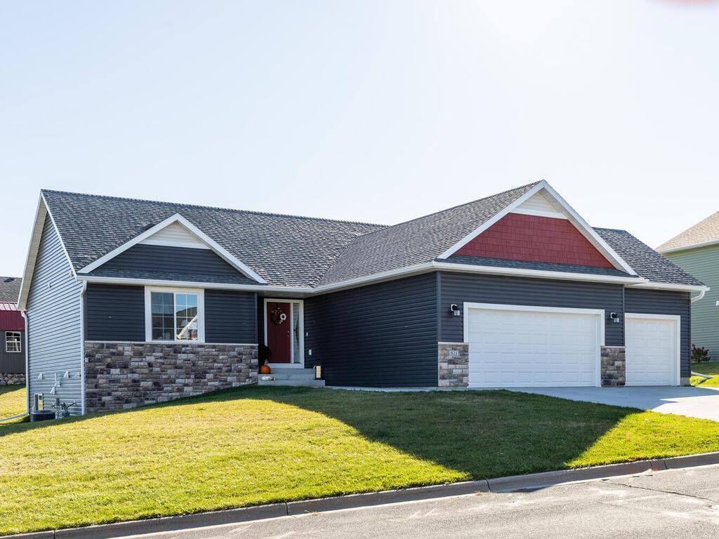 821 Augusta Avenue Property Photo - Zumbrota, MN real estate listing