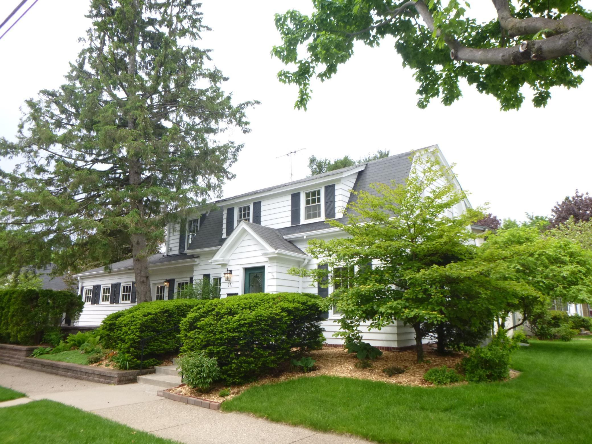 571 Griggs Street S Property Photo - Saint Paul, MN real estate listing