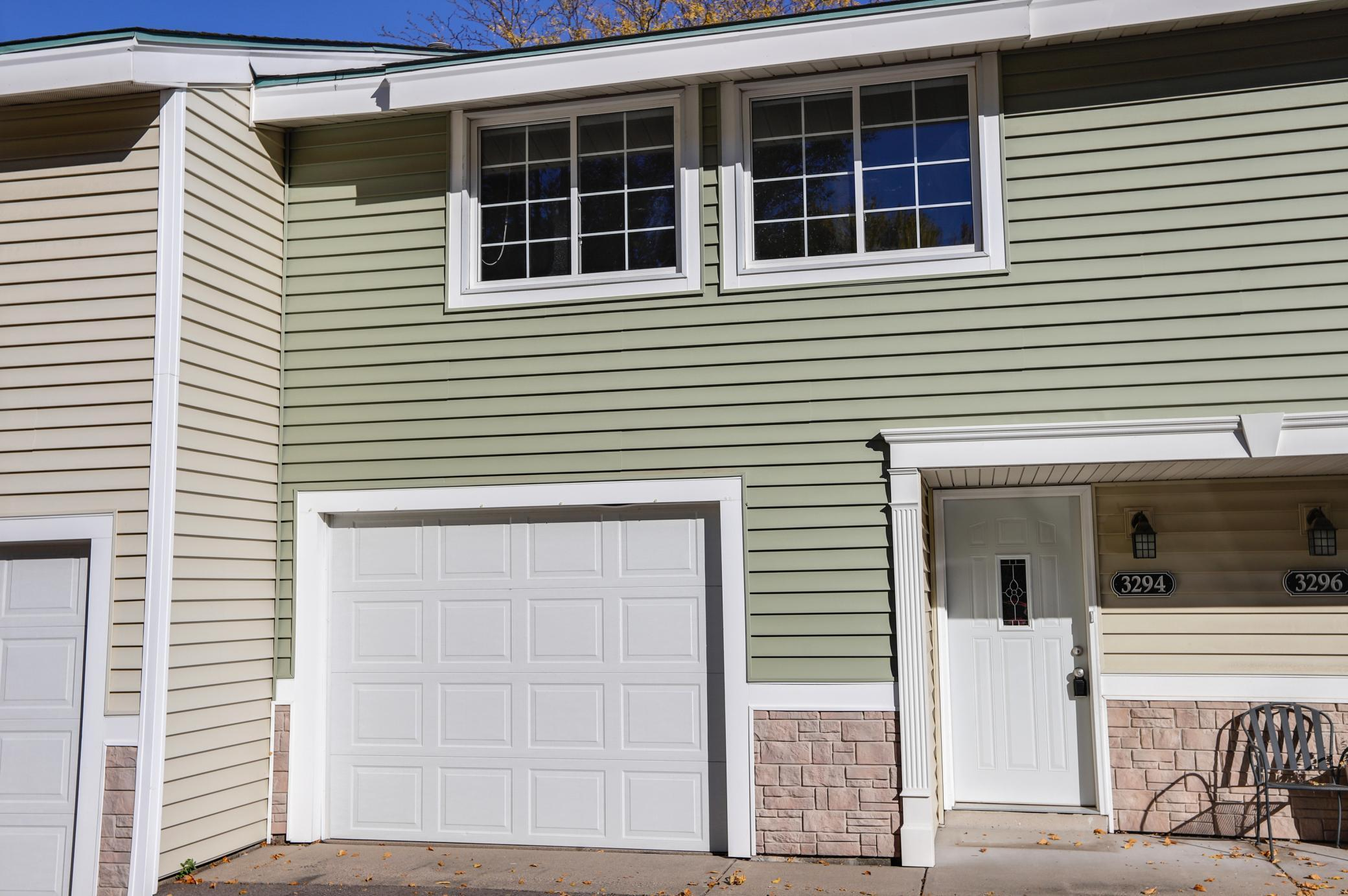 3294 Hill Ridge Drive Property Photo - Eagan, MN real estate listing