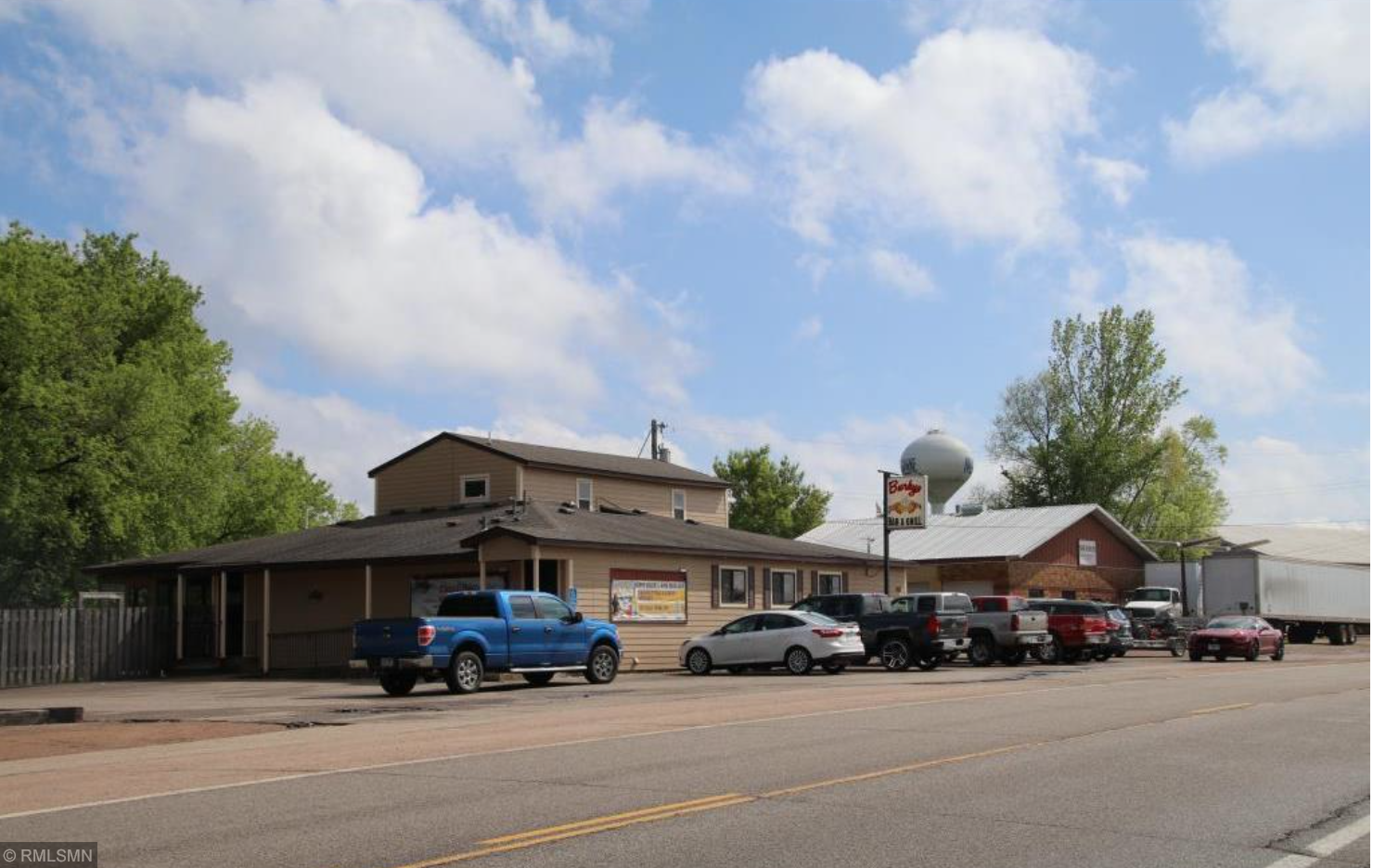 505 Lake Street W Property Photo - Cologne, MN real estate listing