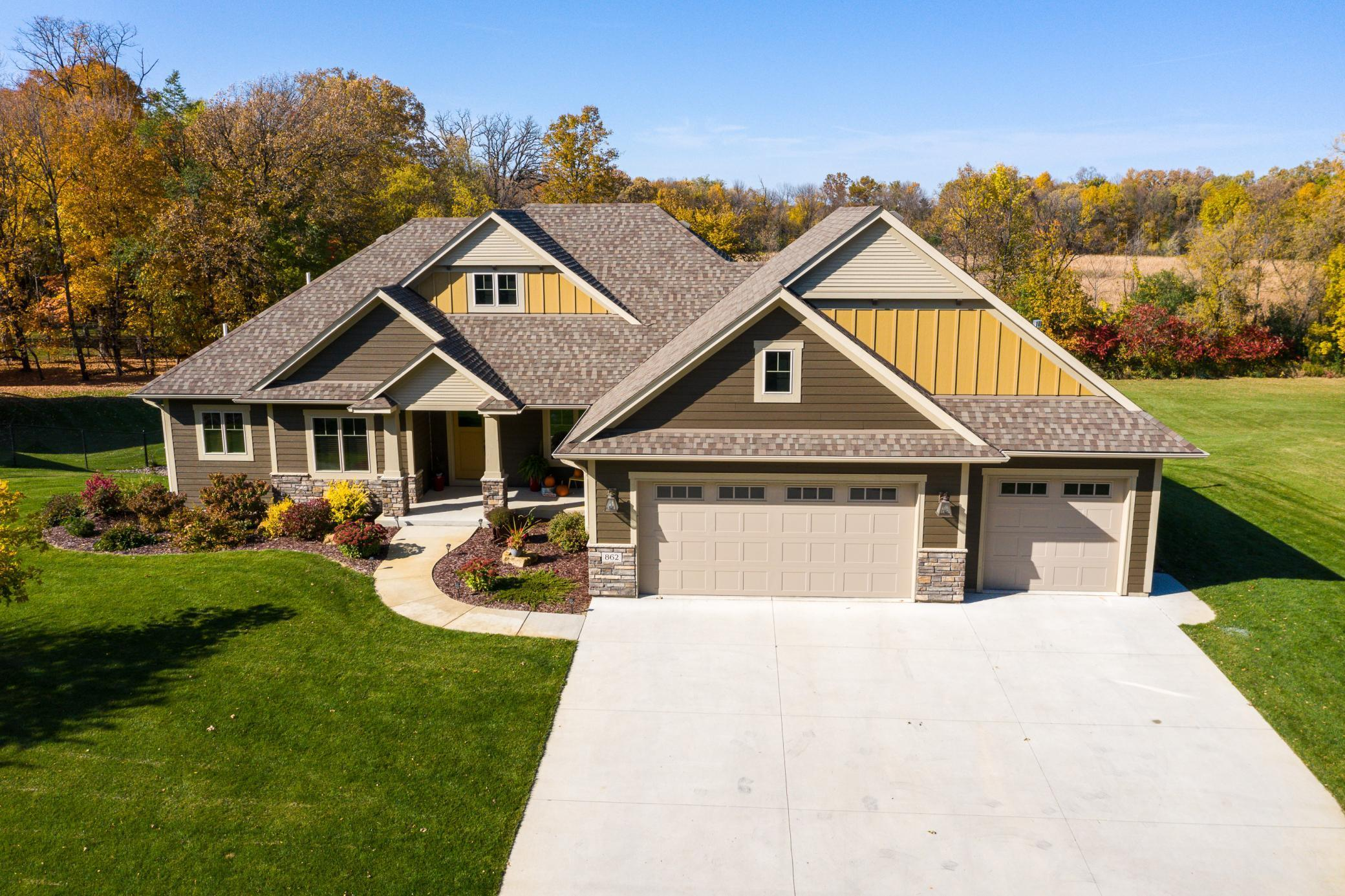 862 Silver Maple Drive Property Photo - New Prague, MN real estate listing