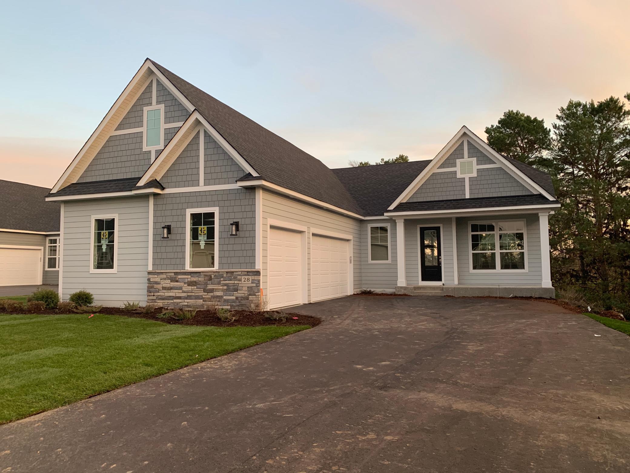 28 Summit Farm Lane Property Photo - Gem Lake, MN real estate listing