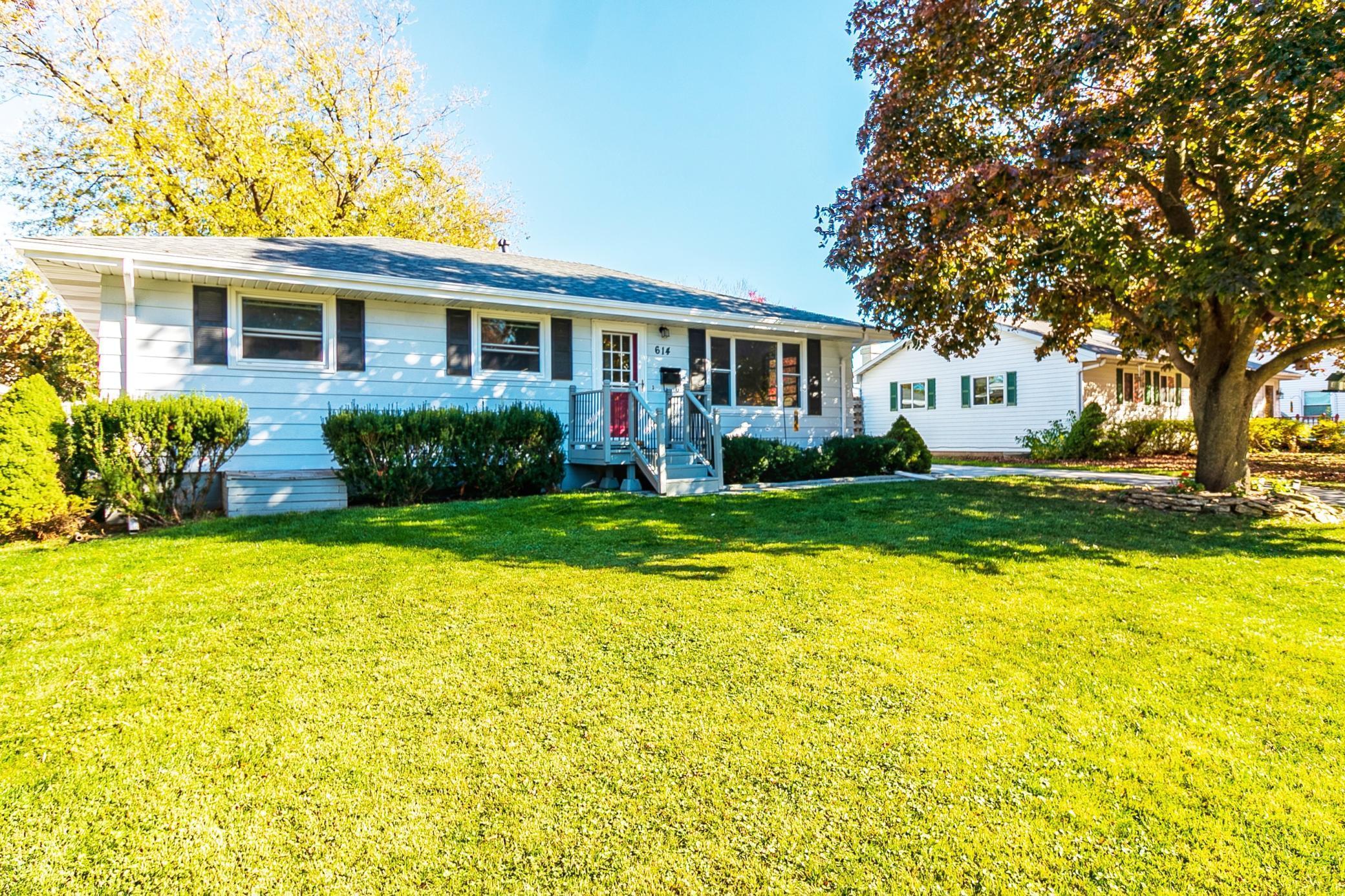 614 5th Avenue SE Property Photo - Stewartville, MN real estate listing