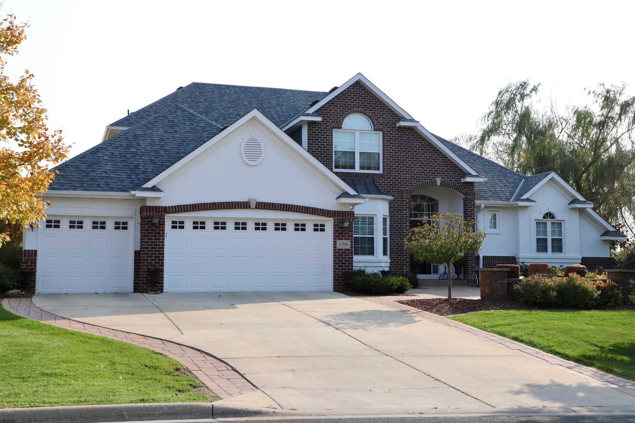 1700 Creek Lane Property Photo